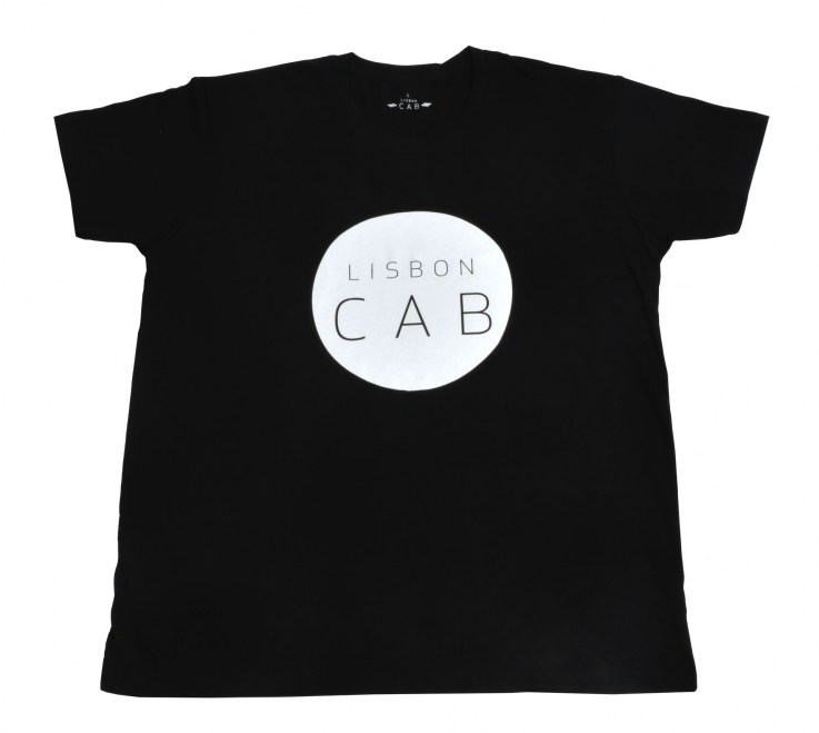 BLACKTSHIRT_WHITECIRCLE